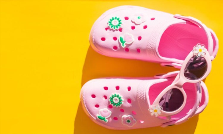 10-Best-Baby-Crocs-to-Choose-From-featured-image